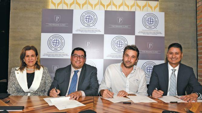 Philadelphia International Medicine y The Panama Clinic firmaron un MOU