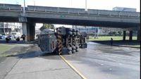 Camión con queroseno se accidenta en la Tumba Muerto