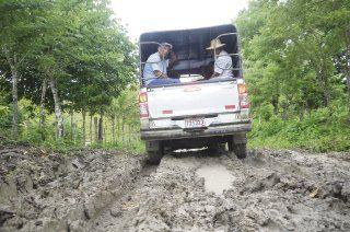 Vecinos de Tortí de Chepo piden reparar la vía