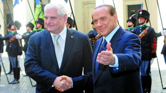 Toscana prevé retirar honores a Martinelli
