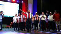 Benicio Robinson vence a Camilo Alleyne; se reelige como presidente del CEN del PRD