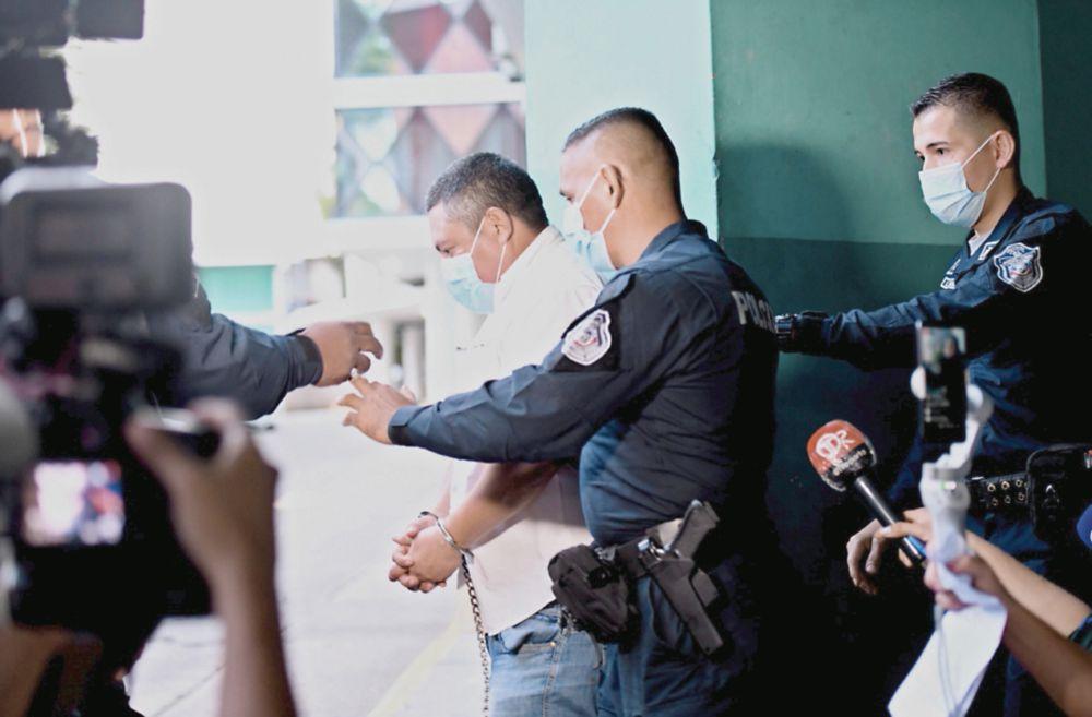 Vehículo que usaba el exgobernador, pieza clave en caso de tráfico de cocaína