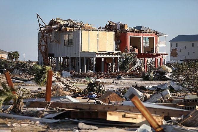 Estiman daños por huracán Michael en 8 mil millones de dólares