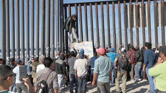 Cientos de migrantes de la caravana llegan a Tijuana