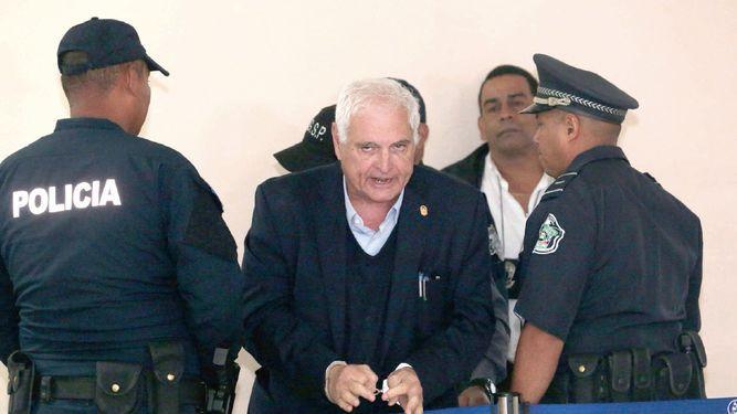 Oficina del SPA recibe auto de apertura de juicio oral a Martinelli