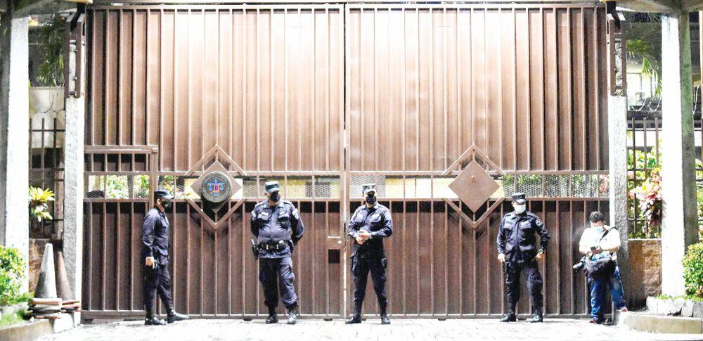 Denuncian ruptura del orden constitucional en El Salvador; Nayib Bukele 'concentra poder'