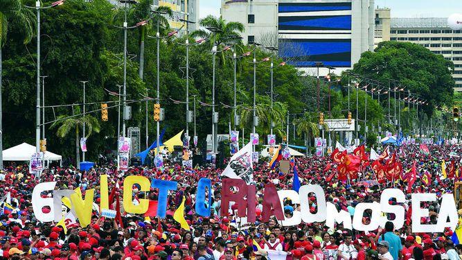 Cierran campaña política con mítines