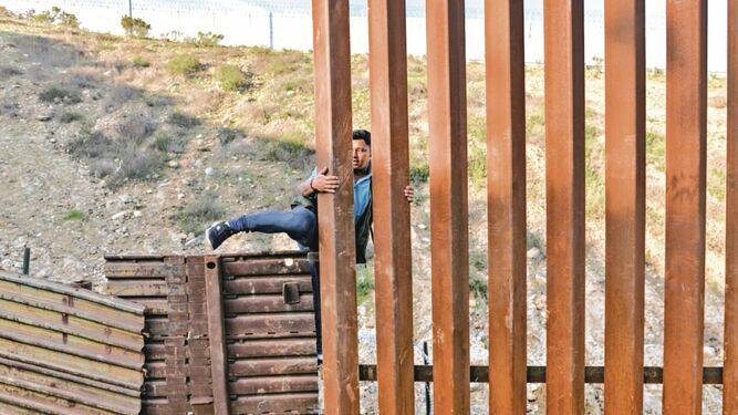 Un muro de $2 mil 500 millones para contener el 'sueño americano'