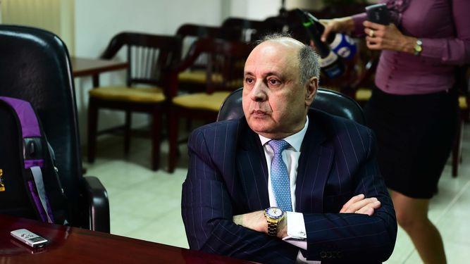 Abdul Waked pide al BNP una indemnización de $1,268 millones