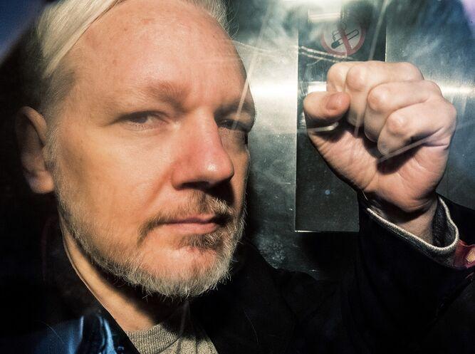 Fiscalía sueca informa que abandona caso contra Assange por violación