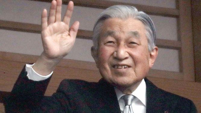 Emperador de Japón celebra un reinado de paz