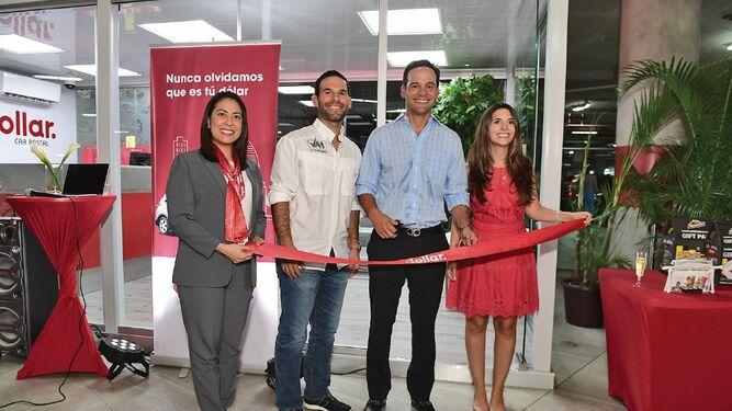 Dollar Car Rental abre sus puertas en Santa María Plaza