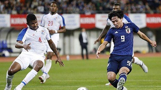 Japón supera 3-0 a Panamá en juego amistoso