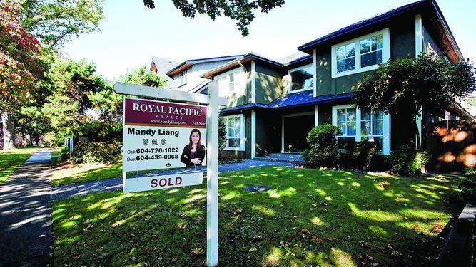 Luz roja por caída en venta de viviendas
