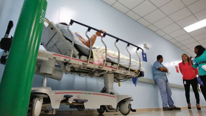 Atención de salud pública, inhumana e injusta