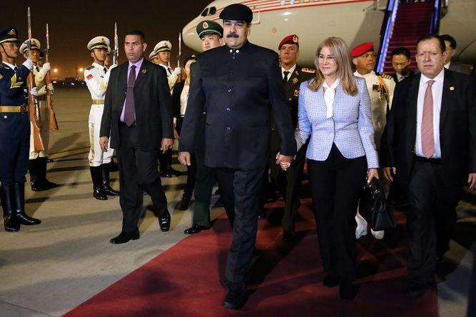 Maduro busca en China un impulso económico para Venezuela