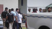 Garuz es conducido a una diligencia judicial por incidente con comunicadores