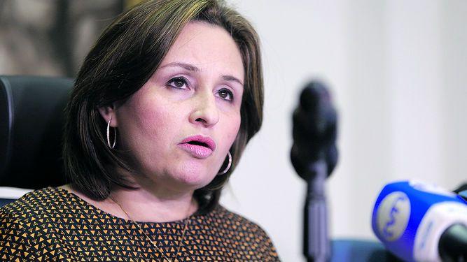 Avalan que el procurador González investigue a la procuradora Porcell