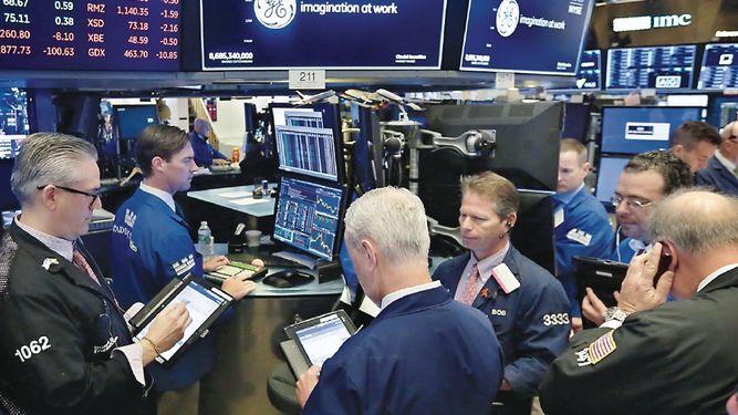 Salida de Flannery de GE es aprobada por los mercados