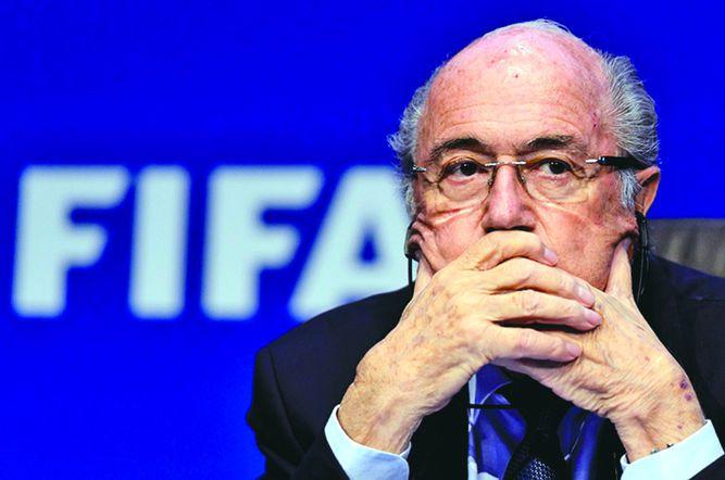 Fifa admite que Blatter y dos exdirectivos se repartieron $80 millones en cinco años para 'enriquecimiento personal'