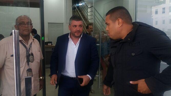 Imputan cargo por presunta violencia doméstica al exalcalde de Colón, Federico Policani