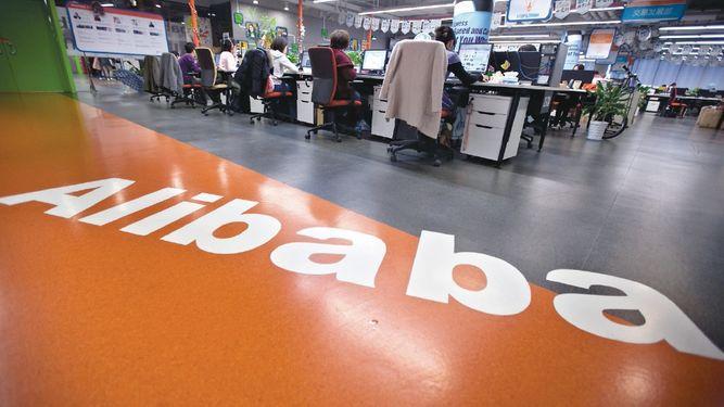 El Corte Inglés sella alianza con Alibaba
