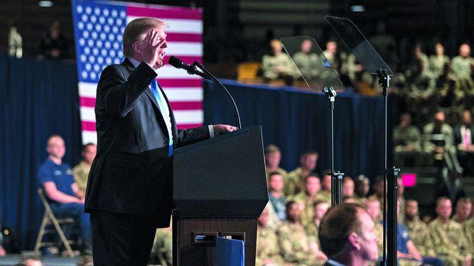 Trump: Salir de Afganistán crearía un vacío