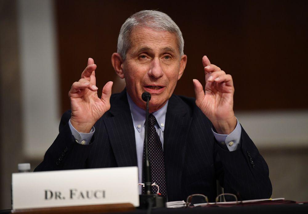 Estados Unidos dice estar preocupado por la seguridad de las vacunas china y rusa