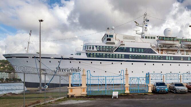 Crucero es puesto en cuarentena en isla caribeña por sarampión