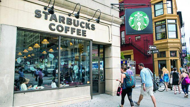 Starbucks cambia a jefa de tecnología