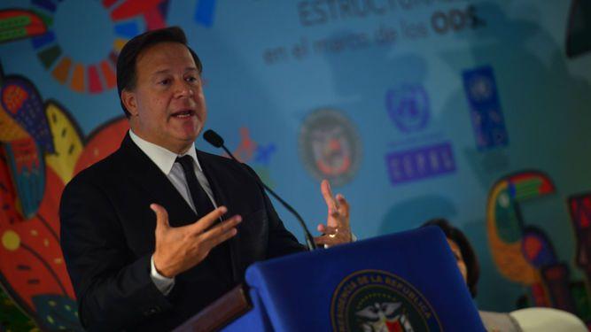 Varela asegura que relación con China 'en nada afectará' los lazos con Estados Unidos