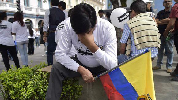 Presidente de Ecuador confirma que periodistas están muertos