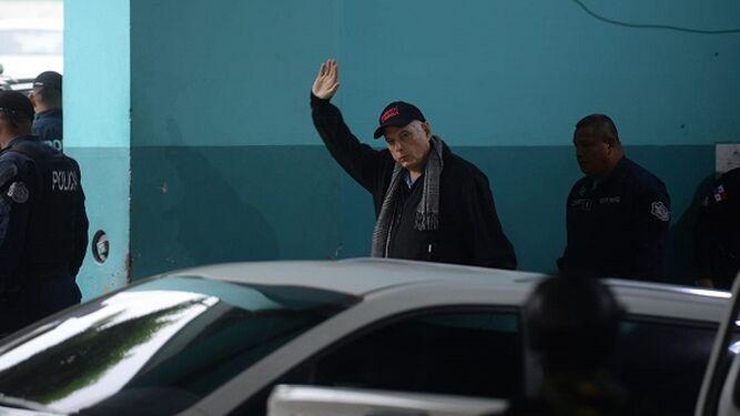 Abogado Rosendo Rivera dice que el expresidente Ricardo Martinelli se disculpó por espiarlo