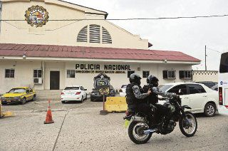 Las ayudas de Ángel Calderón a un privado de libertad