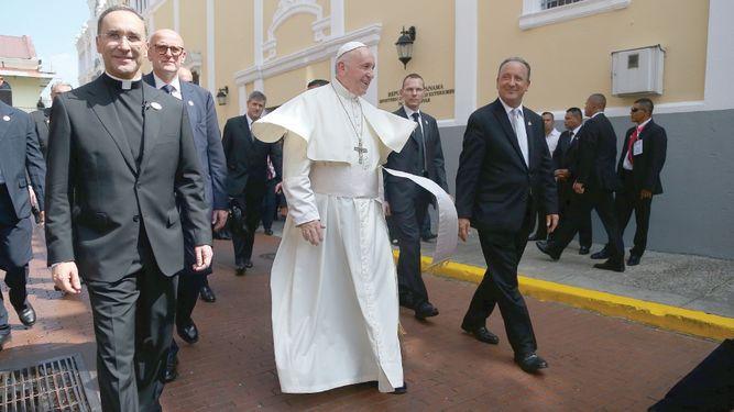 Un papa franco y contra los corruptos
