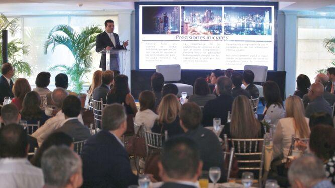 Regulaciones obligan a la modernización del sistema legal y financiero panameño