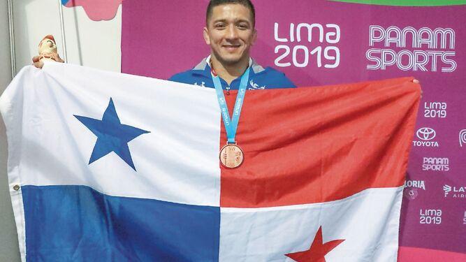 Almendra: 'Esta medalla nos motiva a seguir'