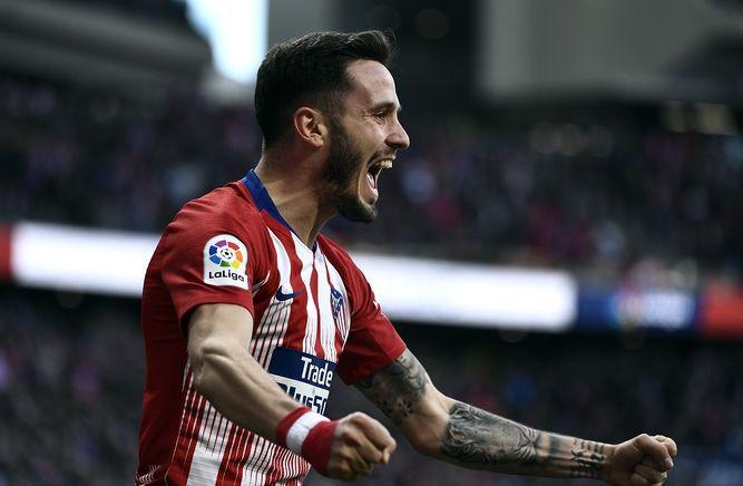 Atlético derrota al Getafe por 2-0 y presiona al líder Barcelona