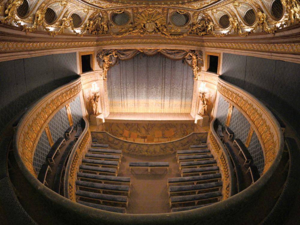 Teatro de María Antonieta renueva su belleza