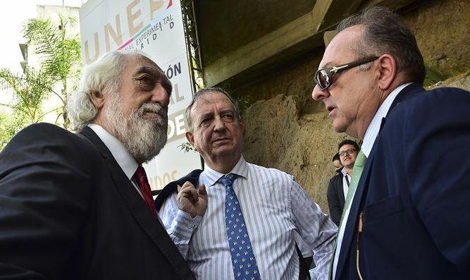 Niegan permiso a senadores españoles para visitar al exalcalde Daniel Ceballos