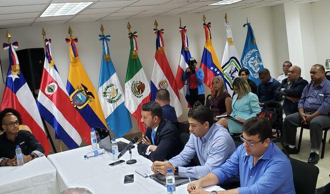 Canal de Panamá prohibirá descarga de aguas contaminadas con azufre