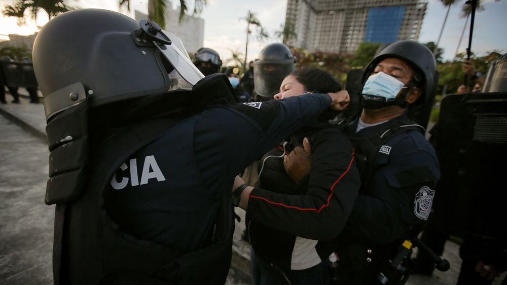 Volvió la era de la represión; detenciones arbitrarias, golpizas y agresión