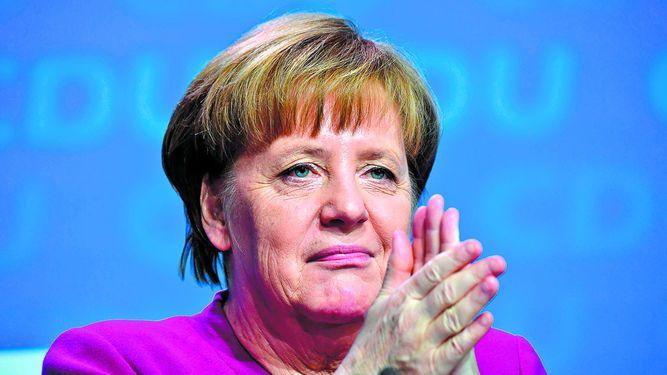 Merkel asegura el respaldo de su partido