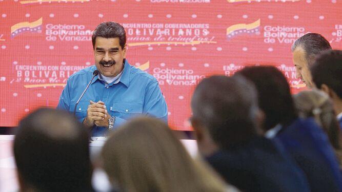 Gobierno venezolano acepta caída del 26.8% del PIB
