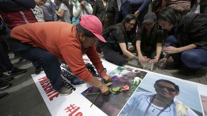 Estos son los periodistas ecuatorianos asesinados en cautiverio