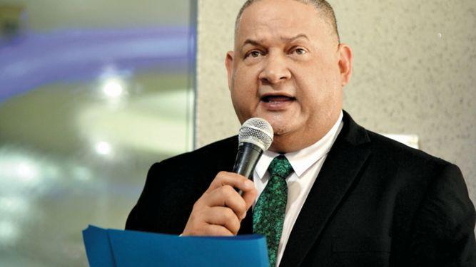 Diputados piden cuentas al MEF sobre traslado de $1,200 millones