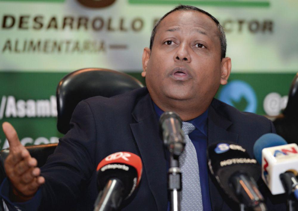 El diputado Raúl Pineda, sus hijos y el pequeño negocio que deja grandes beneficios