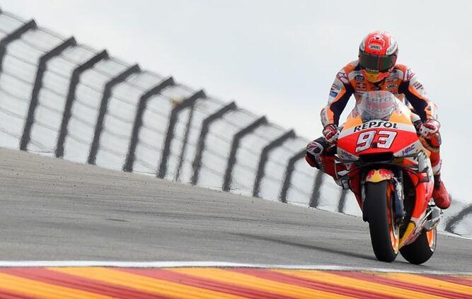 Márquez consigue el mejor tiempo en Aragón