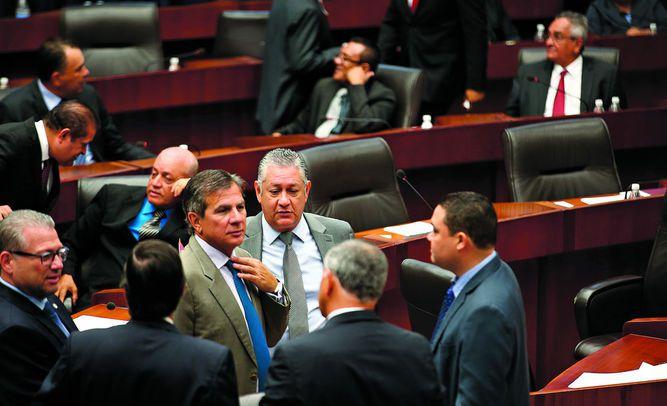 Partidos se repartirían la Comisión de Credenciales