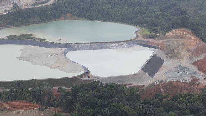 Gobierno congela concesiones mineras